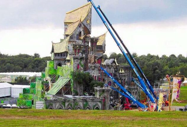 Tomorrowland 2015 MAINSTAGE GATE